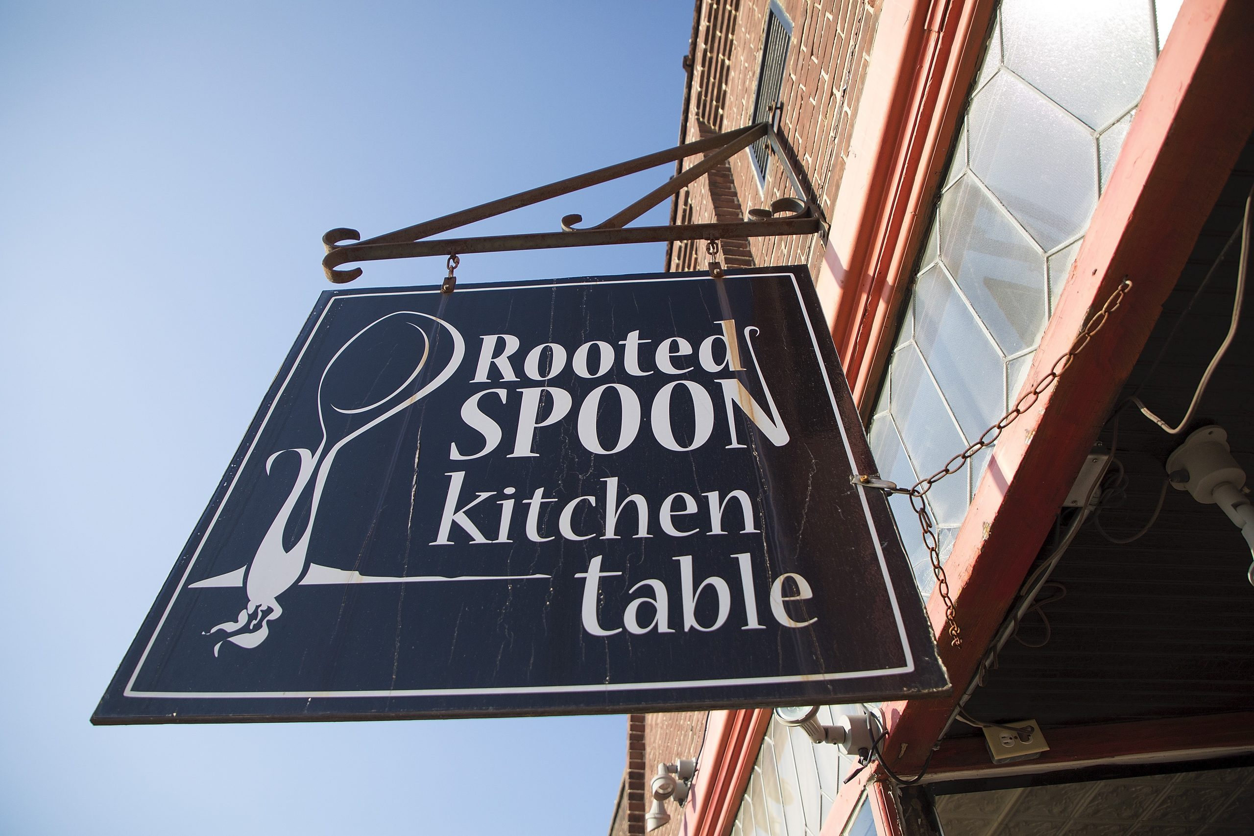 Rooted Spoon Kitchen Table, established in 2010, is located on Main Street, in Viroqua, Wisconsin, and was a destination of the Wisconsin Idea Seminar in 2017 and in 2019. (Photo by Hyunsoo Léo Kim/UW-Madison)